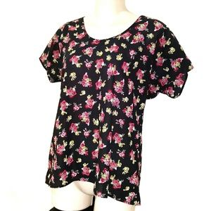 Fun & Flirt floral top